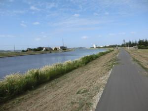 手賀沼サイクリングロード 手賀川沿い