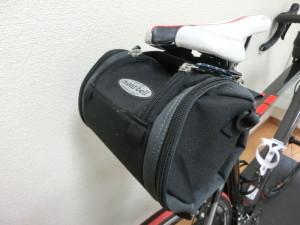 ロードバイク モンベル サドルバッグ