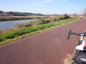 新川サイクリングロード 自転車