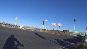 江戸川サイクリングロード 道路 横断