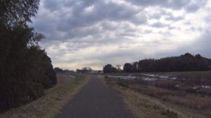 利根運河サイクリングロード 残雪