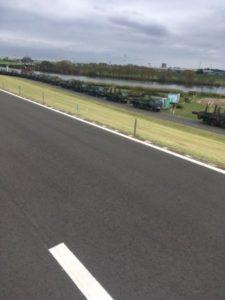 江戸川サイクリングロード 自衛隊 車