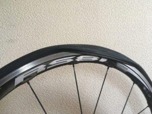 タイヤ ロードバイク 脱着 きつい