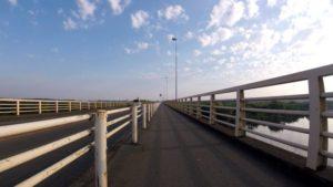 新大利根橋 自転車