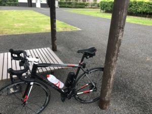 きおろし水辺の広場 ロードバイク 休憩